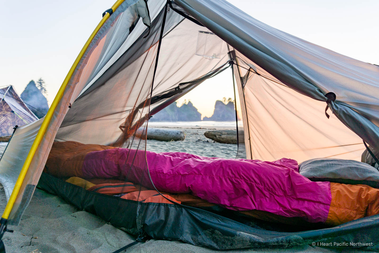 Enlightened Equipment sleeping quilt review